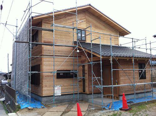 外壁の板張り・水切り設置完了