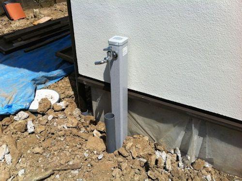 外の立水栓