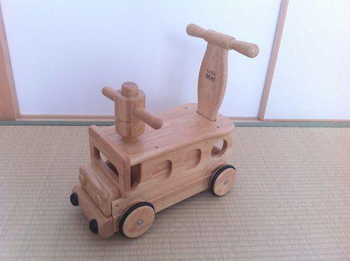 「木's 乗用ブーブー」押し車として