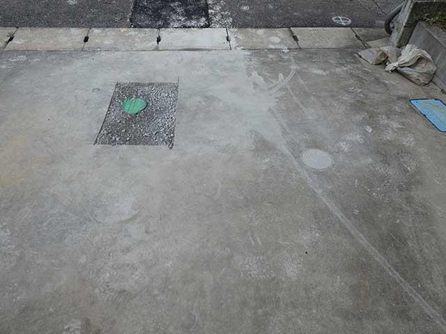 水道補修後の駐車場