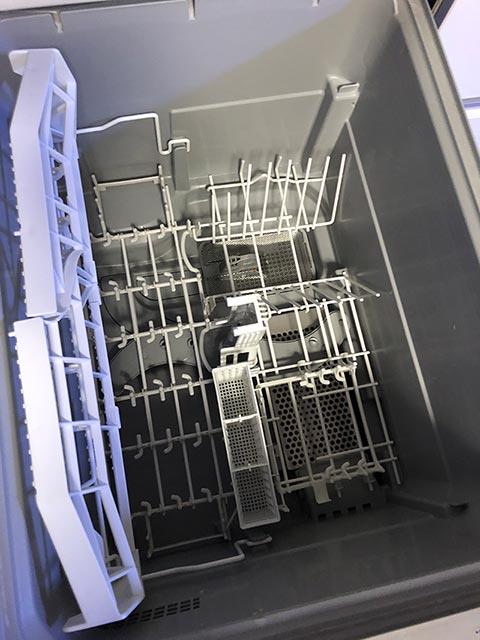 食洗機の中の写真