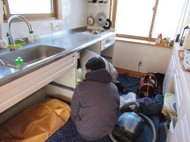 ミーレ食洗機の設置工事開始