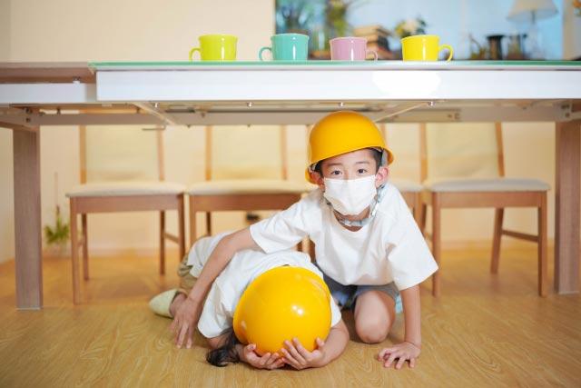 自助袋に入れる子供用防災ヘルメットを購入
